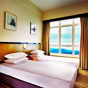 هتل فِرست وُرد پلازا (اتاق معمولی)