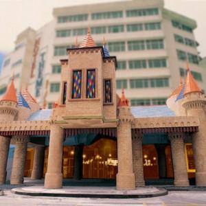 اولین هتل بلندی های گنتینگ (هتل تم پارک)