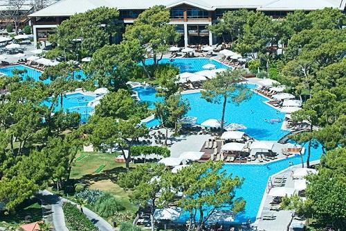 هتل ریکسوس سان گیت آنتالیا (استخر های روباز)