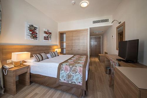 هتل رامادا ریزورت لارا (اتاق های استاندارد)