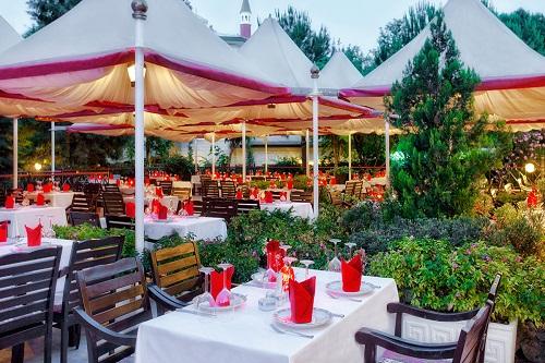 رستوران ترکی Pasha Restaurant در هتل وو کرملین