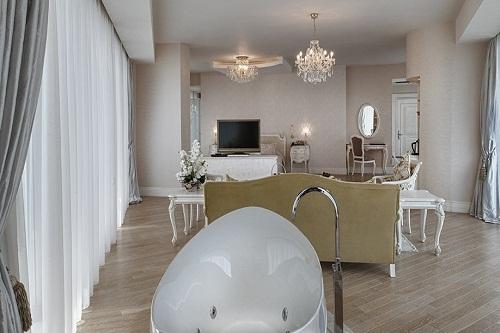 رویال سوئیت هتل مکس رویال بلک آنتالیا