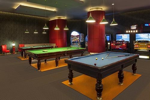 میز بیلیارد هتل مکس رویال بلک آنتالیا