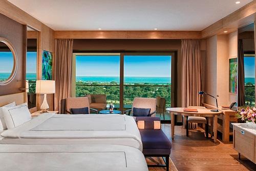 اتاق های استاندارد هتل رگنوم با منظرۀ دریای مدیترانه