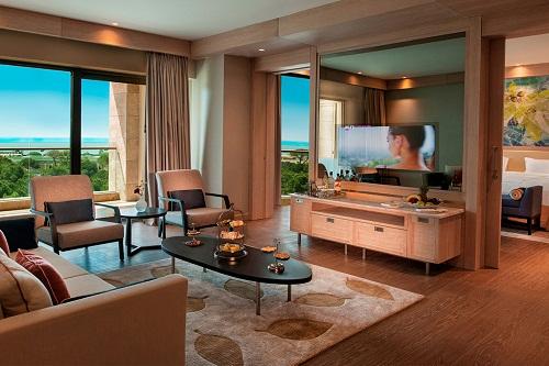 سوئیت های Luxury Suite هتل رگنوم