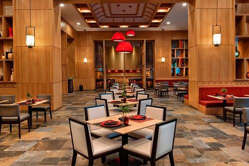 رستوران آسیایی Chufang Restaurant هتل رگنوم