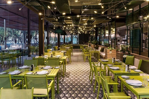 رستوران ایتالیایی Azure Italia Restaurant هتل مکس رویال کمر آنتالیا