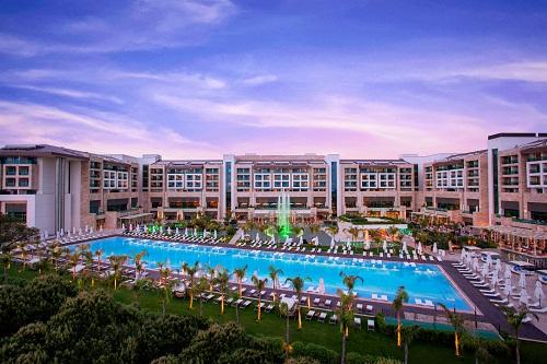 امکانات اقامتی هتل رگنوم آنتالیا Regnum Carya Resort
