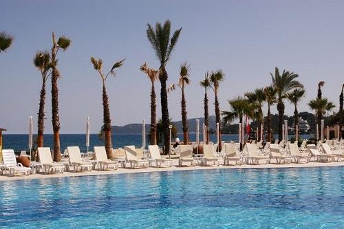 استخر اصلی هتل رویال پالم ریزورت کمر آنتالیا Royal Palm Resort