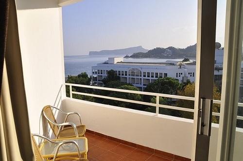 امکانات اقامتی در هتل رویال پالم ریزورت کمر آنتالیا Royal Palm Resort