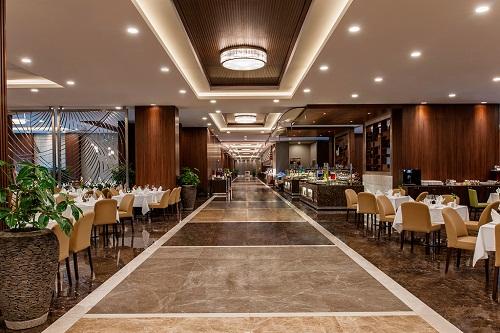 رستوران اصلی هتل 5 ستاره مگنوم آنتالیا