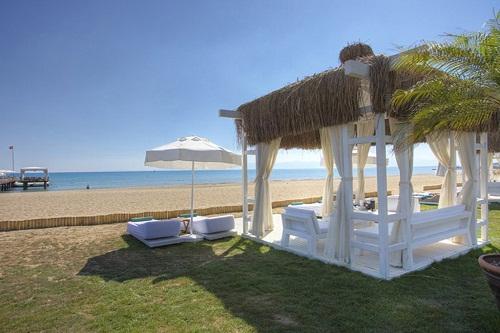 ساحل اختصاصی هتل مکس رویال بلک آنتالیا Maxx Royal Belek