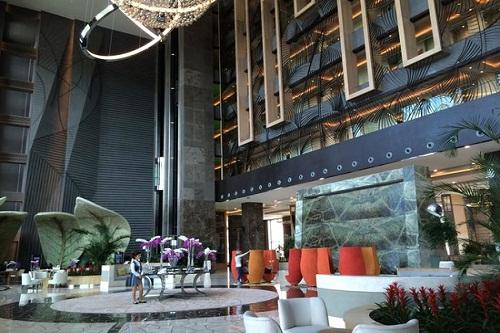 لابی هتل رگنوم