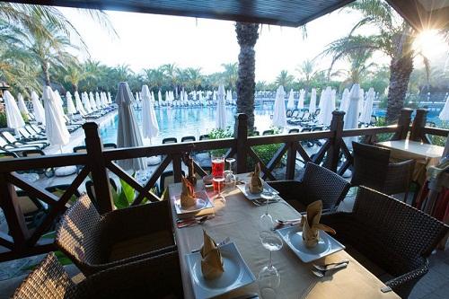 رستوران شرق دور Bamboo Garden Restaurant هتل رویال وینگز آنتالیا