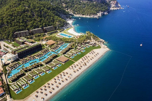 ساحل اختصاصی ویلا های هتل مکس رویال کمر آنتالیا
