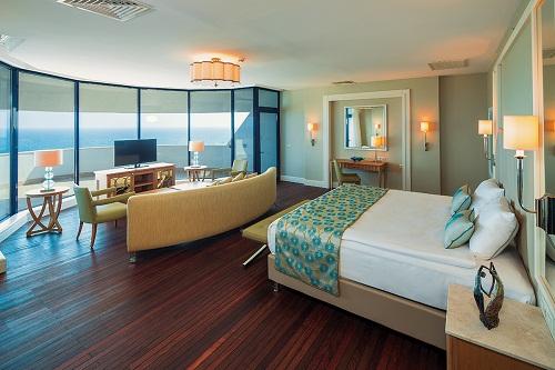 امکانات اقامتی هتل تایتانیک بیچ لارا آنتالیا Titanic Beach Lara