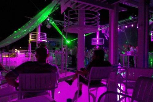 کلوپ شبانه هتل تایتانیک بیچ لارا آنتالیا