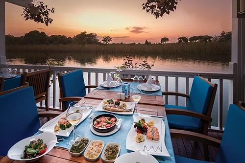 رستوران دریایی Okeanos Fish هتل تایتانیک دلوکس آنتالیا