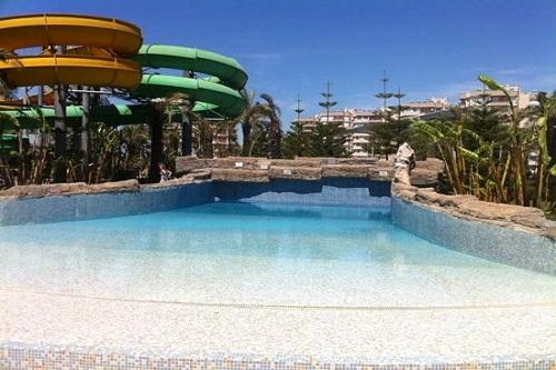 استخر امواج هتل رویال وینگز آنتالیا