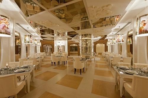 رستوران ایتالیایی Mia Mensa Restaurant هتل دلفین امپریال