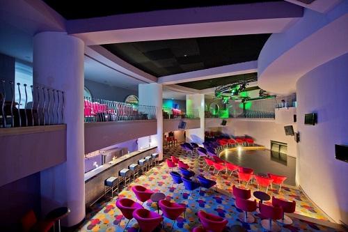 کلوپ شبانه هتل باروت لارا