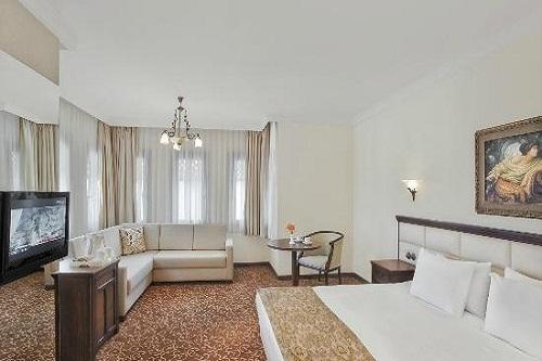 سوئیت های دوبلکس خانواده در هتل 5 ستاره وو توپکاپی آنتالیا