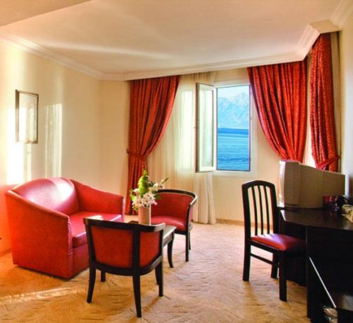 اتاق های هتل آدونیس