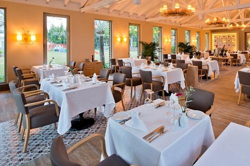 رستوران ایتالیایی Olive Restaurant در هتل 5 ستاره باروت لارا آنتالیا