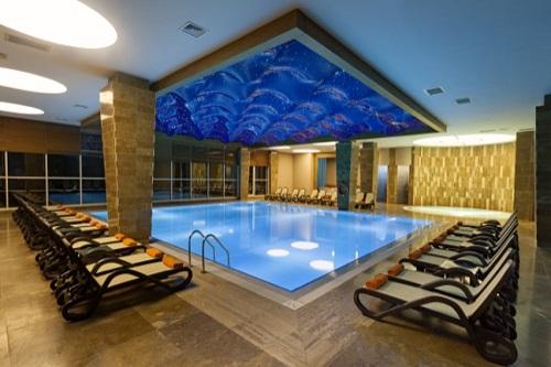 استخر سرپوشیده هتل 5 ستاره شروود لارا آنتالیا