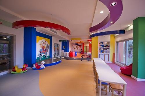 کلوپ کودکان هتل باروت لارا آنتالیا Barut Lara