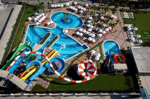 پارک آبی هتل شروود لارا آنتالیا Sherwood Breezes