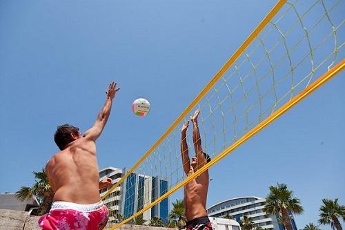 تفریحات ساحلی در هتل 5 ستاره پورتوبلو آنتالیا