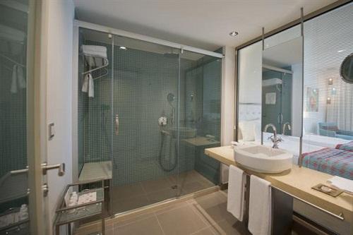 اتاق های استاندارد هتل باروت لارا