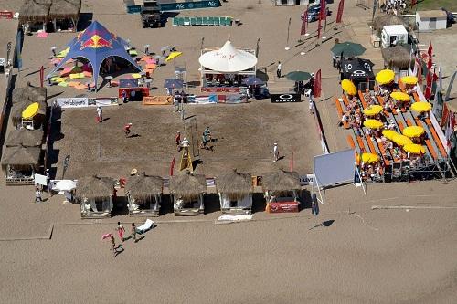 زمین والیبال ساحلی در هتل 5 ستاره وو توپکاپی آنتالیا