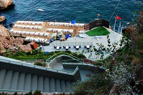 ساحل اختصاصی هتل آدونیس آنتالیا Hotel Adonis Antaliya
