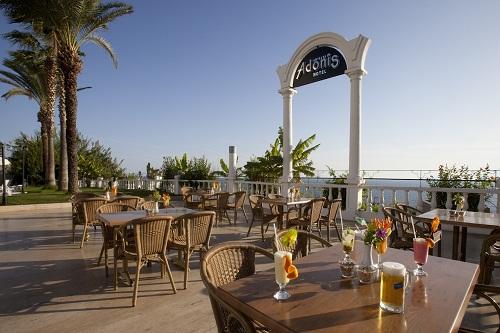 اسنک بار ها و بار های هتل آدونیس آنتالیا Hotel Adonis Antaliya