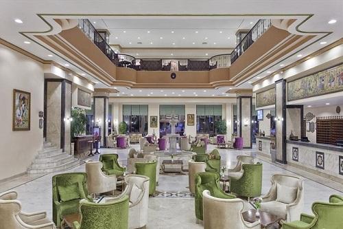لابی هتل 5 ستاره وو توپکاپی آنتالیا
