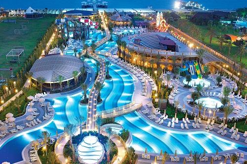 استخر های هتل رویال هالیدی پالاس آنتالیا Royal Holiday Palace