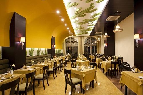 رستوران مکزیکی El Torito Restaurant در هتل رویال هالیدی آنتالیا