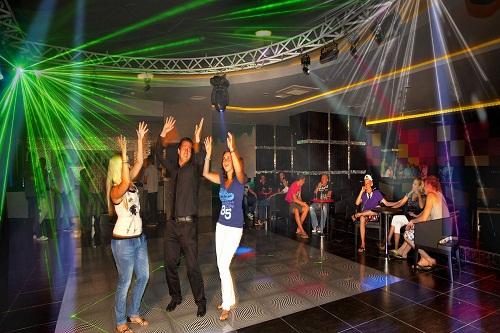 کلوپ شبانه هتل در هتل 5 ستاره رویال هالیدی پالاس آنتالیا