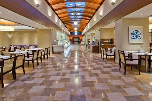 رستورتن اصلی هتل 5 ستاره باروت لارا آنتالیا