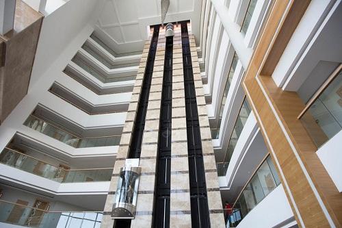 لابی هتل شروود لارا