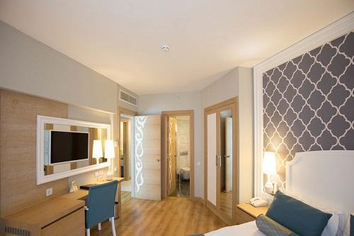 اتاق های خانوادۀ کوچک Junior Family Rooms هتل 5 ستاره شروود لارا آنتالیا