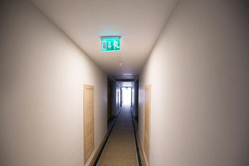 راهرو های هتل شروود لارا
