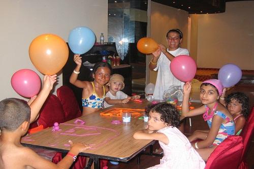 کلوپ کودکان هتل آدونیس