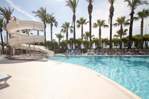 سرسرۀ آبی استخر اصلی هتل 5 ستاره پورتوبلو آنتالیا