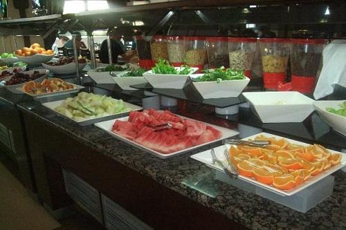 بخش میوه های رستوران اصلی هتل شروود لارا