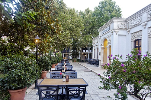 کافی شاپ Saray Muhallebicisi در هتل توپکاپی آنتالیا