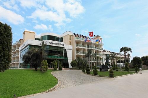 ورودی هتل گرند رینگ