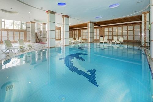 استخر سرپوشیده هتل 5 ستاره گرند رینگ آنتالیا